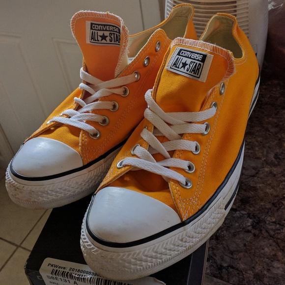 converse orange ray